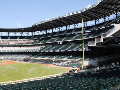 where to eat and drink at the braves' new suntrust park