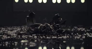 star wars last jedi trailer darth vader helmet