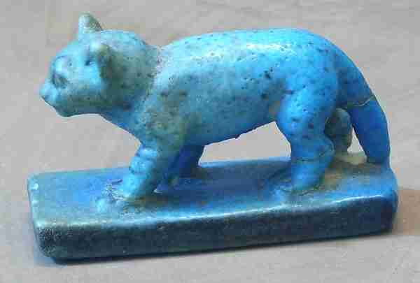 Cat figurine from ancient Egypt