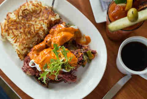 best brunch in milwaukee restaurants with brunch menus worth rh thrillist com sunday brunch milwaukee restaurants sunday brunch buffet milwaukee wisconsin