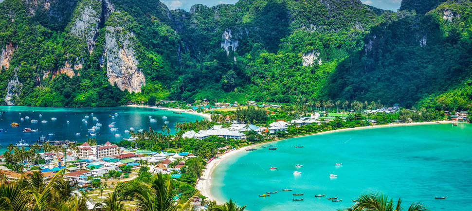 The World's Most Beautiful Beach Cities Where You Can Live for Dirt Cheap