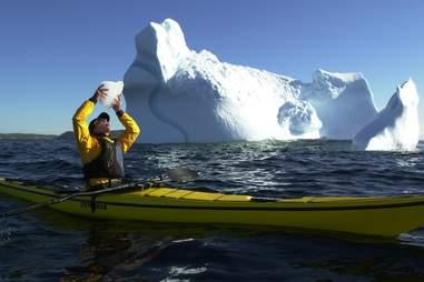 kayak iceberg