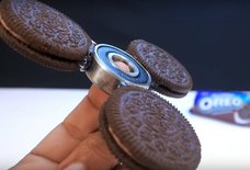 The Oreo Fidget Spinner Is the Ultimate Stress-Relieving Snack