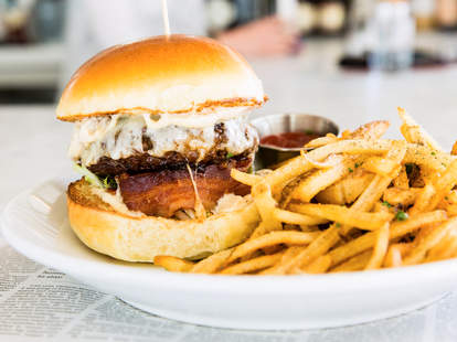 Best Burgers in Connecticut