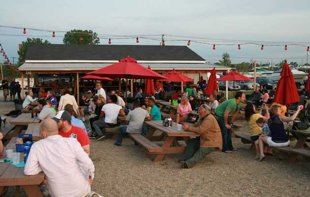 The Best Outdoor Drinking Spots in Cleveland