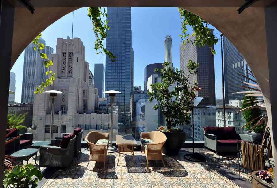 Best Rooftop Bars in Los Angeles: Cool Places to Drink With