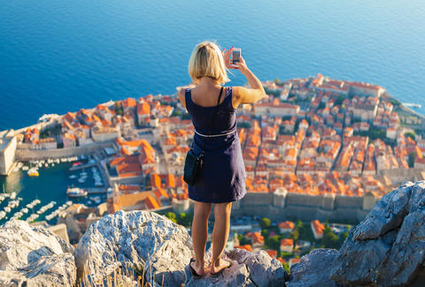 5 travel apps for people who hate planning trips
