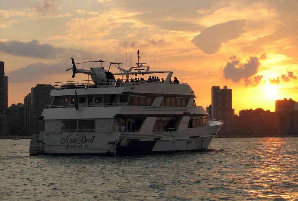 Booze Cruise Chicago Guide 2017 - Thrillist