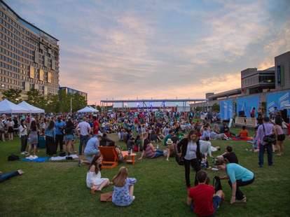 Outdoor Movie Screenings In Boston