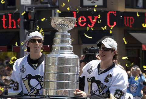 Sidney Crosby and Marc-André Fleury with Stanley Cup