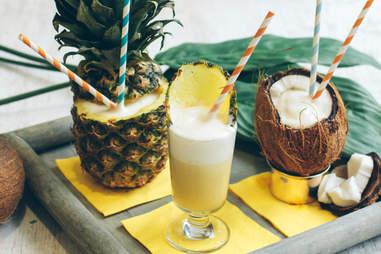 Pina Colada Cocktail | Captain Morgan LocoNut | Supercall
