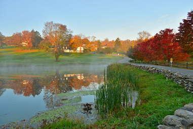 Kent, Connecticut foliage