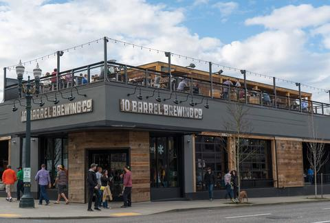 Best Outdoor Bars In Portland To Go Drink Outside Thrillist