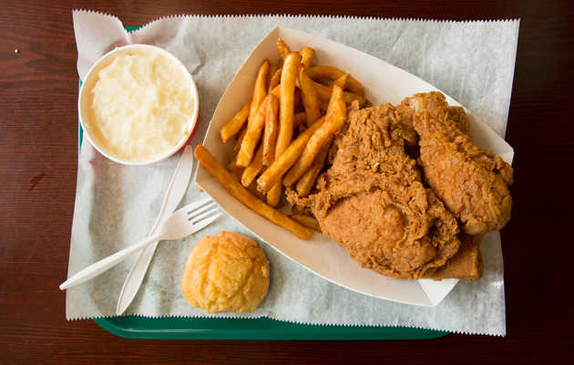 You Probably Haven't Heard of America's Best Fried Chicken Chain