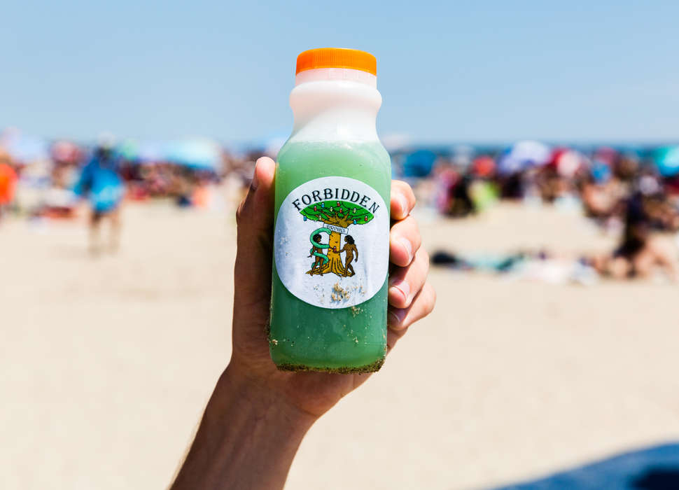 Inside the Illegal Nutcracker Drinks Business on NYC Beaches