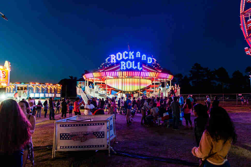 rock and roll amusement park ride
