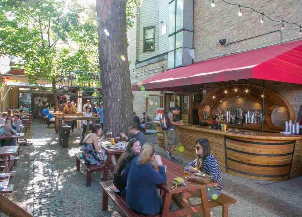 sheffields beer garden