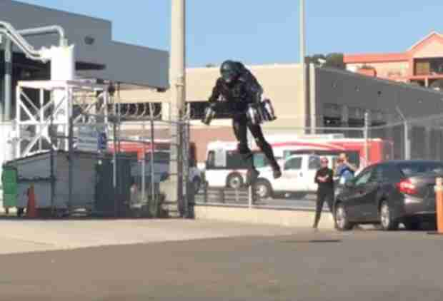 Watch This Guy's Real Life 'Iron Man' Suit Fly Through the Streets