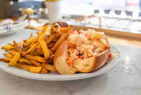 Best Lobster Rolls in Boston, MA - Thrillist