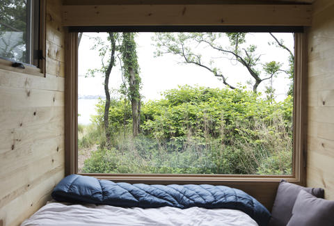 getaway tiny houses how to book the cheapest beach vacation in nyc