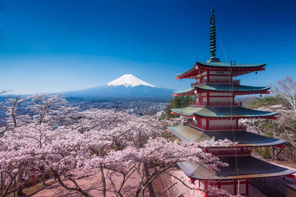 Here's How to Book a Round-Trip Flight to Japan for Under $400