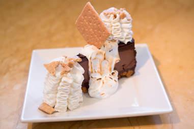 toasted marshmallow cheesecake