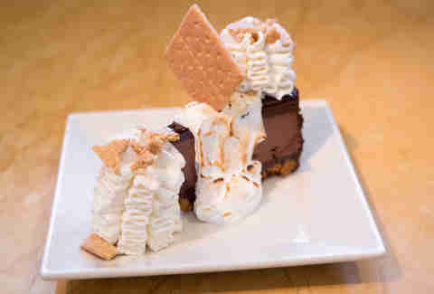 toasted marshmallow cheesecake
