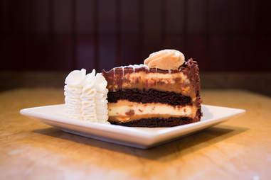 reese's cheesecake