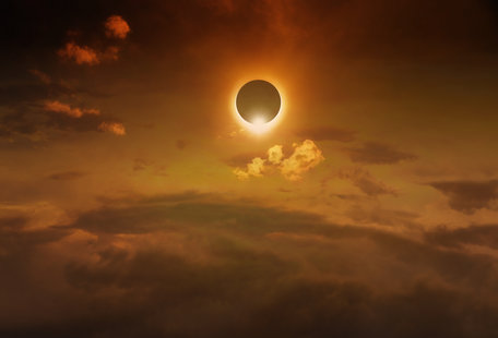 The Best Places & Events in Illinois to Watch the Solar Eclipse