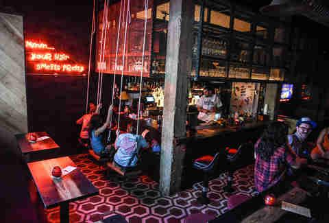 Now Thrillist Best Austin Secret In At To - Speakeasies Bars Right Drink