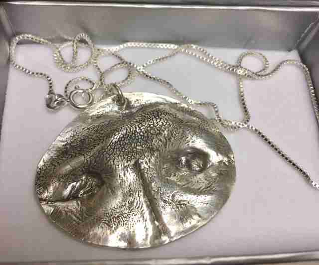 dog imprint necklace