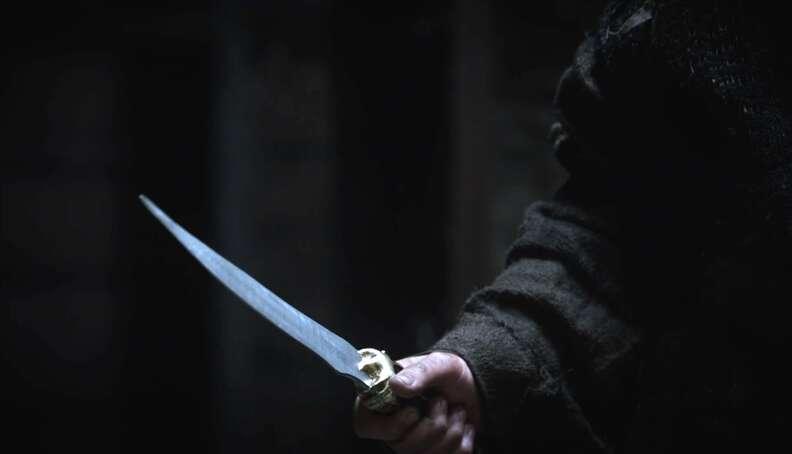 game of thrones season 1 episode 2 assassin dagger