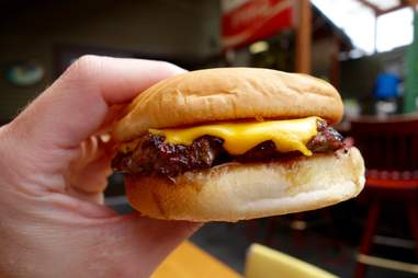 loretta's northwesterner burger