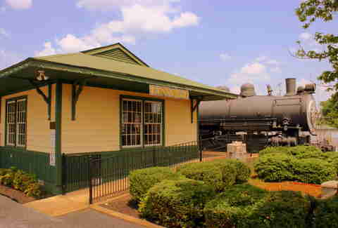 Lynnville, TN Train Depot