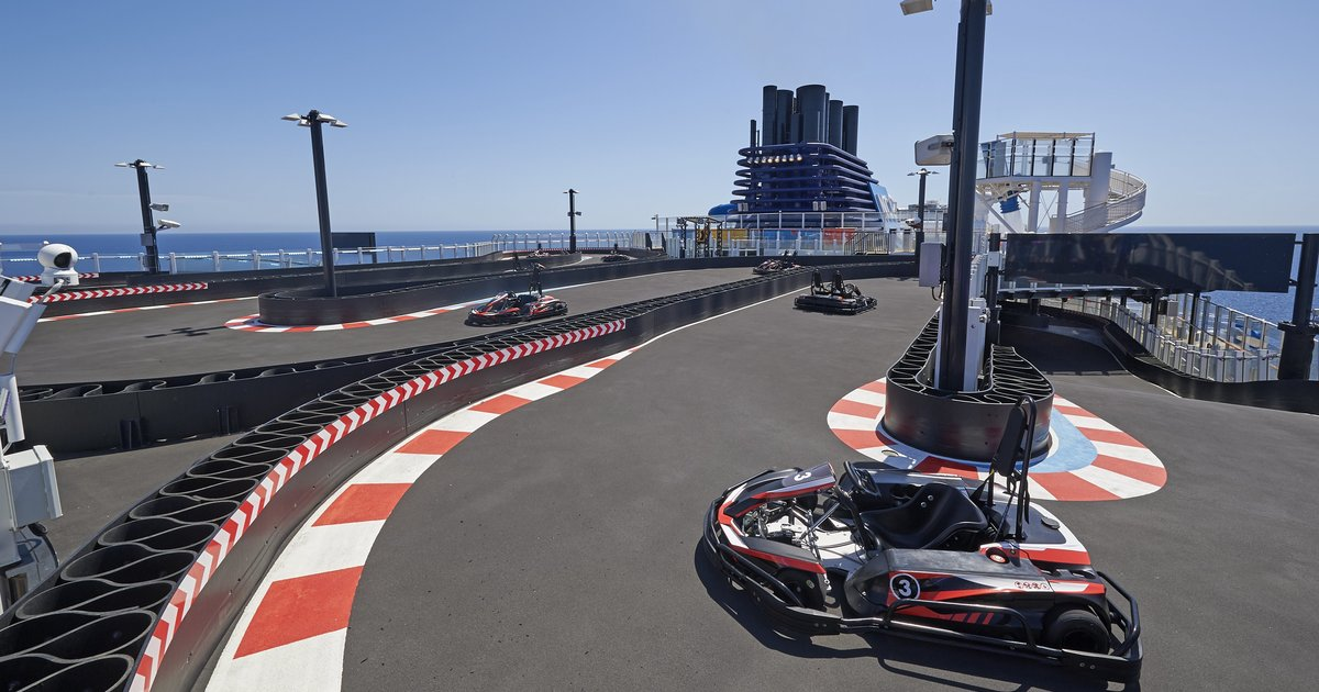 Norwegian bliss cruise ship will come with a huge go kart for Go kart interieur montreal
