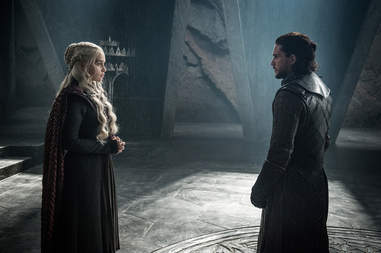 daenerys and jon snow on dragonstone game of thrones