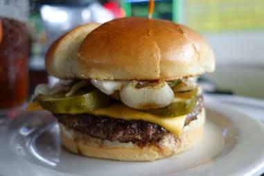 stevenson's bar and grill burger