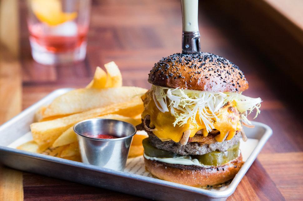 Best Burgers In San Francisco Ca Thrillist
