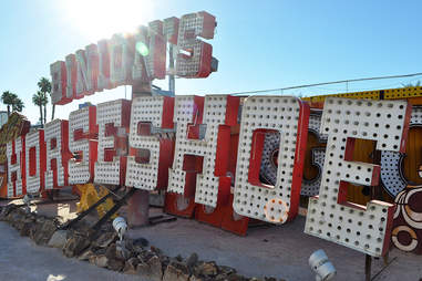 Binion's Horseshoe | Las Vegas Neon | Bulleit | Supercall