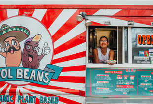 A Truly Exhaustive Guide to Austin's Food Truck Parks