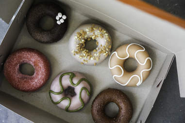 du's donuts and coffee