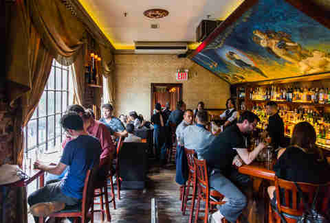 Most Important Nyc Bars A New York City Bar Bucket List Thrillist