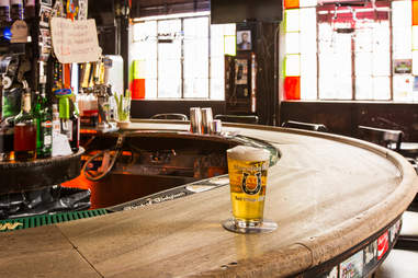 7B Horseshoe Bar in the East Village