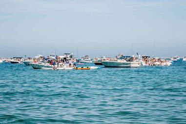 Lake Michigan Boat Parties | Chicago | Captain Morgan | Supercall