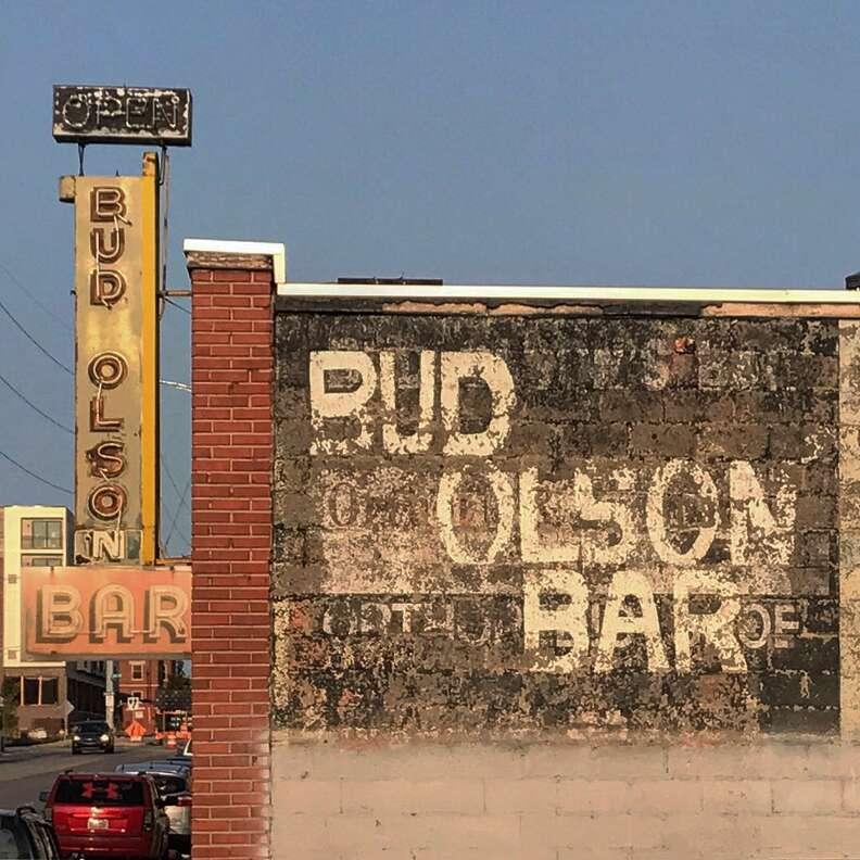 Bud Olson's Bar