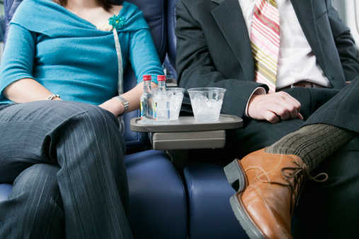 5 Easy Hacks to Turn Your Seat on a Plane into Your Own Personal Bar