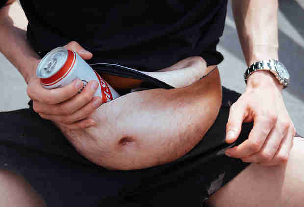 This Fanny Pack Instantly Gives You a Hairy Gut