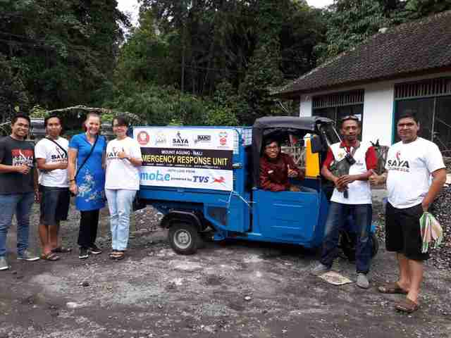 Animal rescue team in Bali