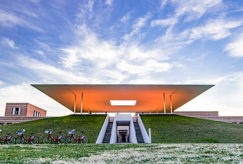 Cool real architecture buildings Architectural The Most Badass Buildings In America Youve Probably Never Heard Of Microsoft News Coolest Buildings In America Thrillist
