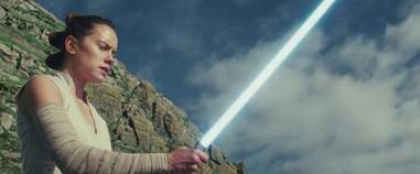 rey lightsaber training on ahch-to in the last jedi